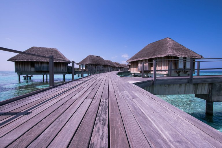 OFF TO MALDIVES | OFFTOWANDER.COM